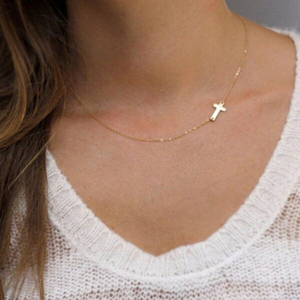 New Fashion cross Pendant Necklace Women gold necklace Holiday Beach Statement Jewelry Wholesale Short Chain for Women